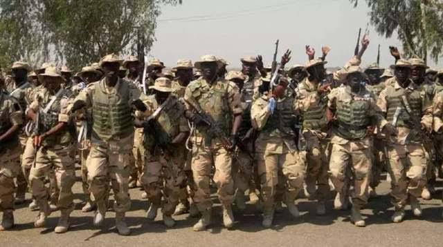 Nigerian Soldiers Protest Over Unpaid Allowances And Poor Equipment In Borno 1