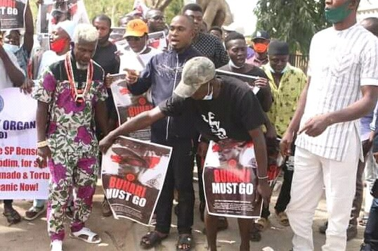Northern Youths Storms Streets Of Abuja To Demand Buhari's Resignation [Photos/Video] 3