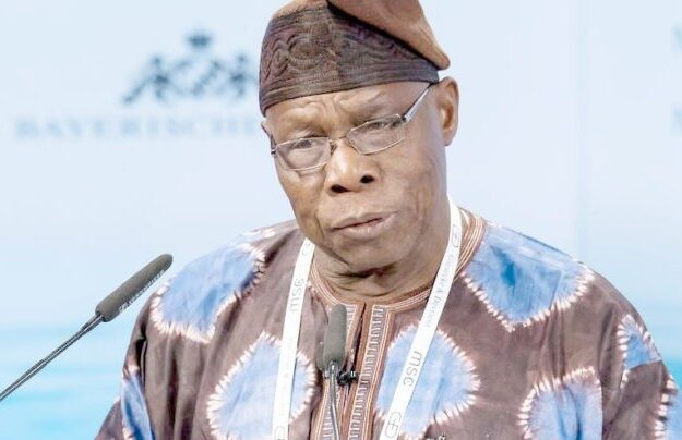 Okowa felicitates with Obasanjo at 84