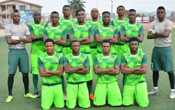Panic As Katsina Fans Attack Referee, Hold Kwara United Players Hostage After Home Loss