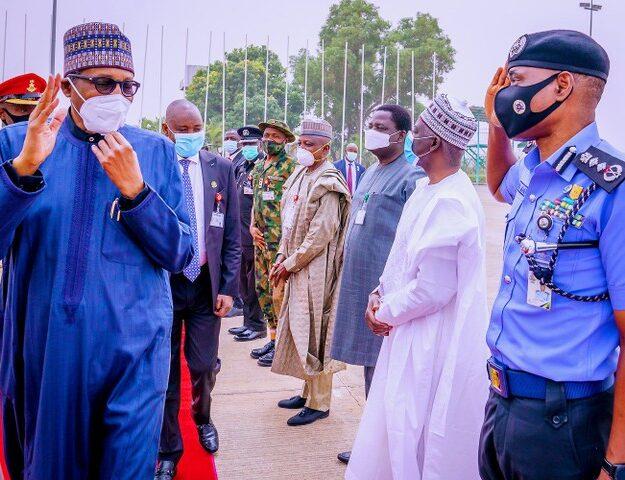 Photos of Buhari Leaving Nigeria for London Medical Trip