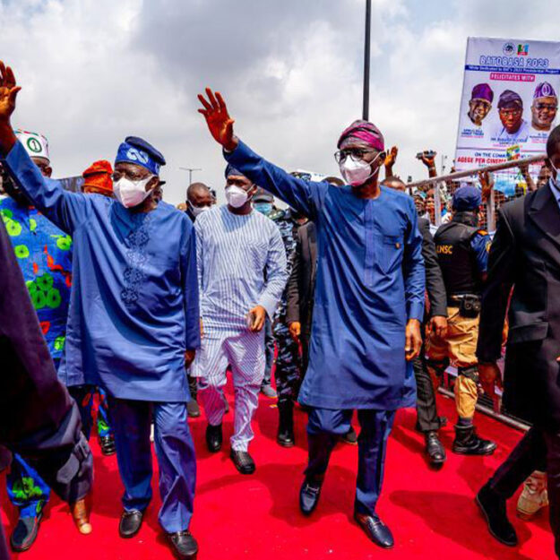 Sanwo-Olu, Tinubu extol executive-legislature harmony at commissioning of Pen Cinema flyover