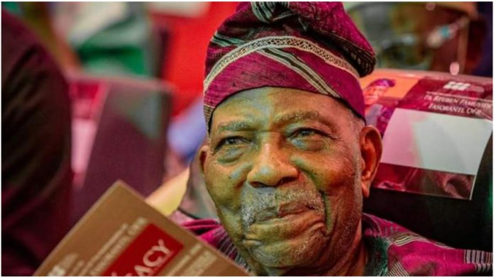 Fasoranti steps down as Afenifere leader
