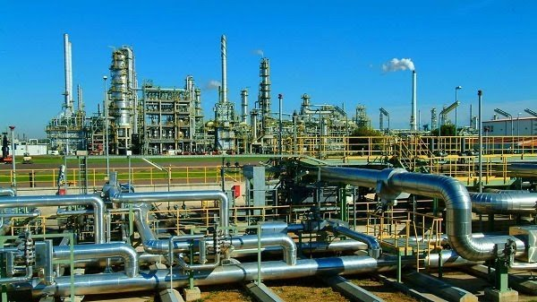 Atedo Peterside asks FG to sell PH refinery to private investors, condemns $1.5 billion repair