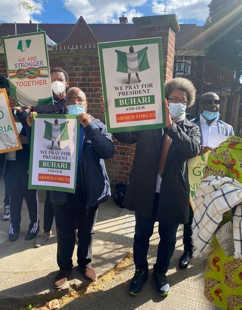 Buhari Supporters Spotted With Placards, Hold Prayers At Nigeria House, London (Photos)