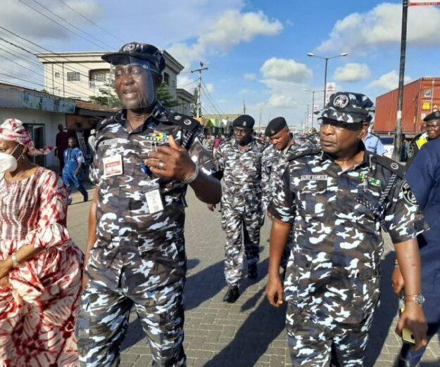 Lagos CP dismantles illegal roadblocks on Badagry expressway
