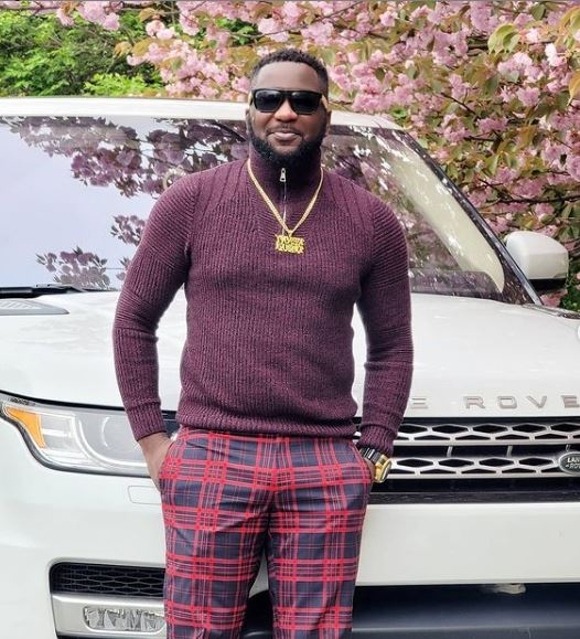 Movie Producer, Kenny Odugbemi Shows Off The Brand New Range Rover Jeep He Just Acquired (Video)