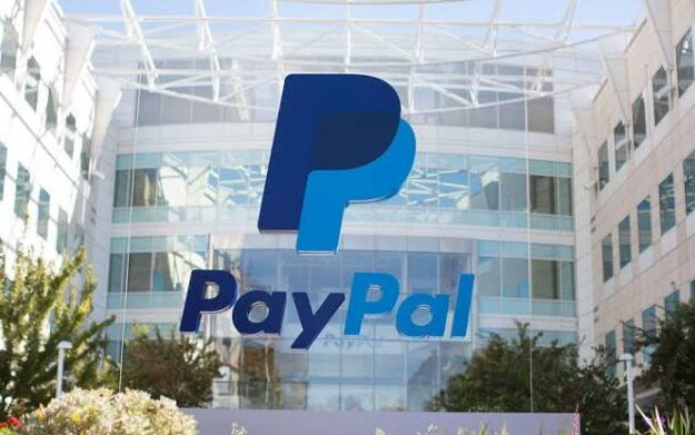 PayPal revenue increases, targets $2.8 trillion by 2025