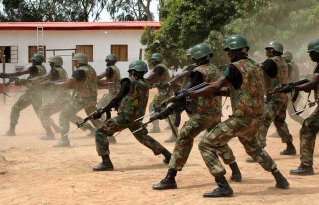 Drama As Army Arrests 10 Boko Haram Suspects Inside Kano Mosque