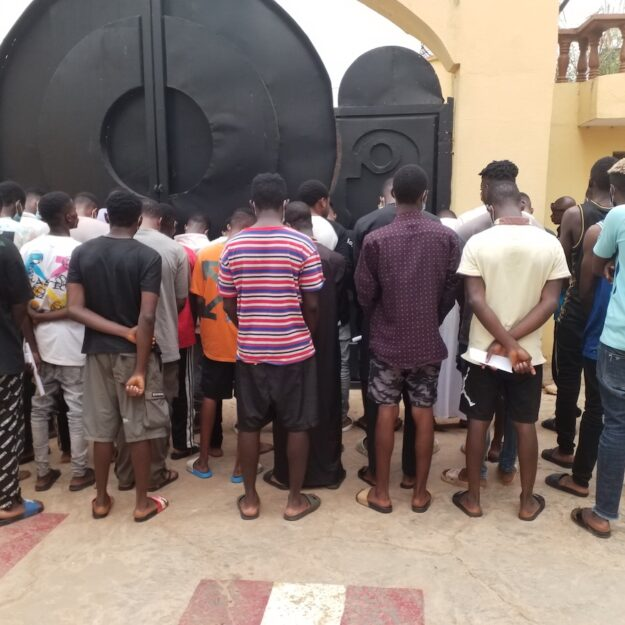 EFCC Arrests 30 Suspected Yahoo-Yahoo Boys in Ilorin