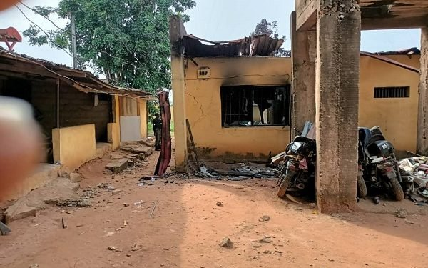 Gunmen kill two police inspectors in Anambra