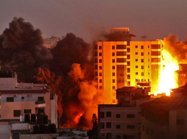 Israeli airstrike pulls down 13-storey building in Gaza, accommodating AP, Al Jazeera