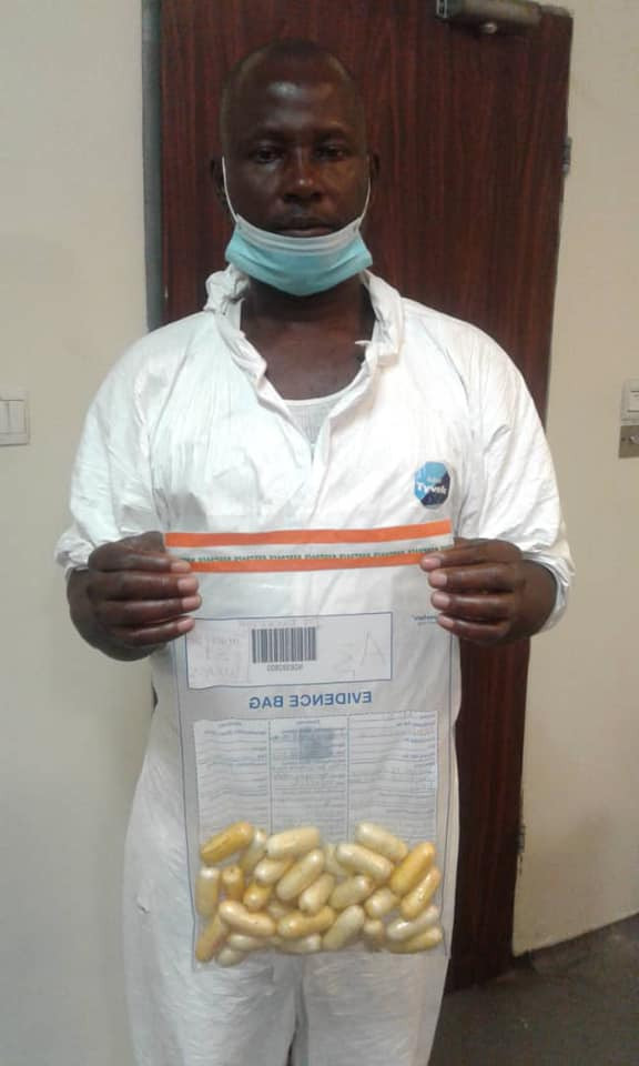 Nigerian Drug Trafficker Excretes 97 Wraps Of Cocaine Worth N360m At Lagos Airport [Photos] 2