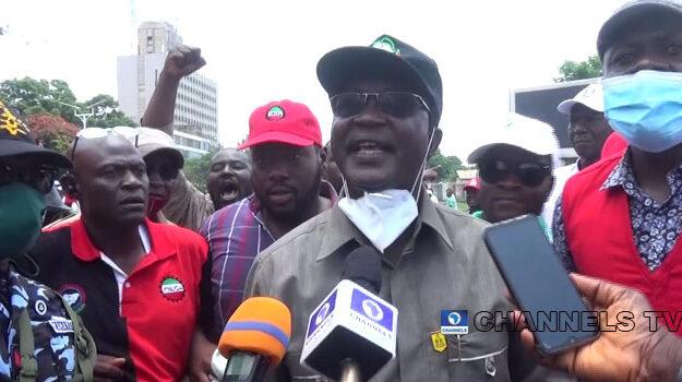 Panic As Armed Thugs Disrupt NLC Protest In Kaduna, Wabba Accuses El-Rufai