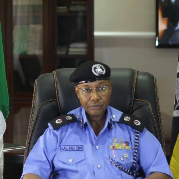 Police arrest vigilante for allegedly killing police officer in Osun