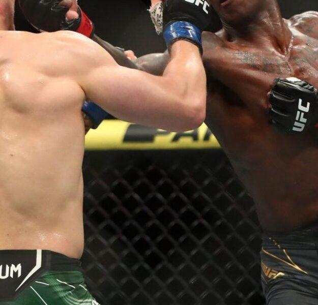 UFC: Israel Adesanya Defeats Vettori To Retain Middleweight Title