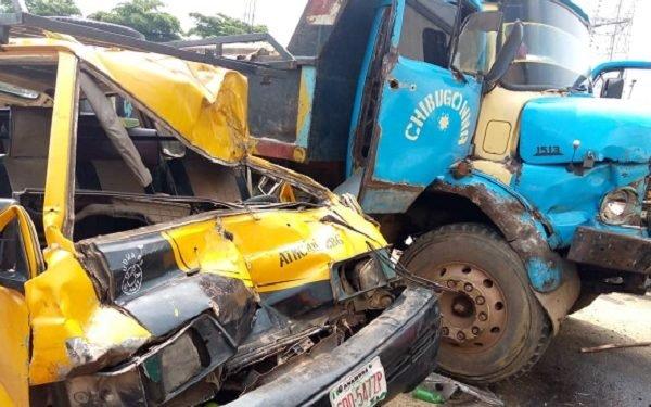 1 die, 14 escape in Onitsha multiple crash