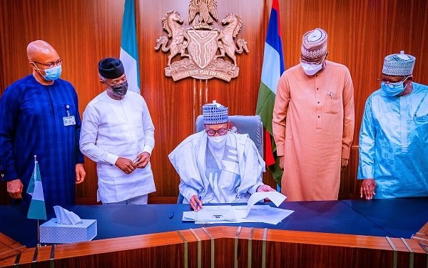 Buhari signs N982.7bn 2021 Supplementary Appropriation Bill into law