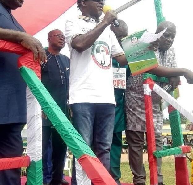 Over 100 APC Members Dump Party For PDP In Benue