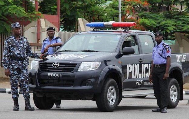 Breaking News: Mayhem As Security Men Stray Bullets To Avenge Killing Of Police