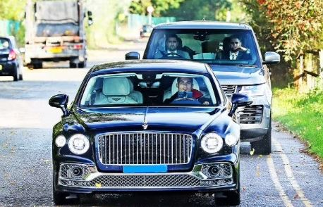 Cristiano Ronaldo Closely Followed By Bodyguards As He Drives His Bentley To Training