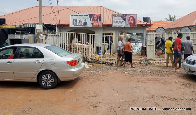 Four Dead, Others Missing As Flood Sweep 26 Vehicles, 166 Houses In Abuja [Photos] 17