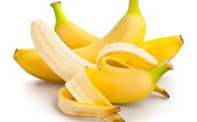 Here is why you should eat bananas at night before bedtime