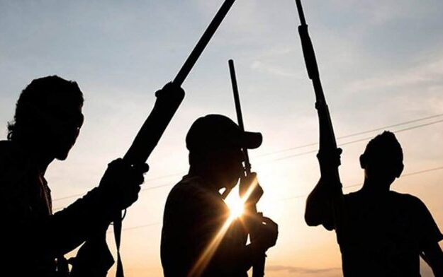 Kidnappers kill one as two emissaries escaped after delivering ₦1.5m ransom