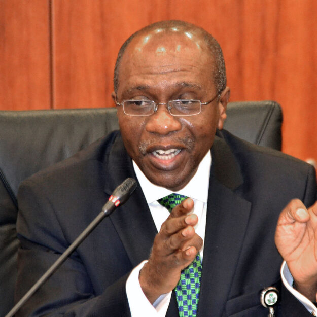 State of the economy: APC, PDP clash over calls for Emefiele's resignation