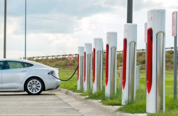 US-based Nigerian introduces electric, solar-powered cars into Nigeria, Africa