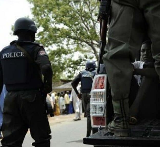 Drama As Police Nabs Three With 11 Sachets Of Tramadol, Weed, Others In Delta