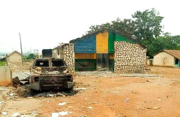Gunmen detonate petrol bombs at police station in Imo