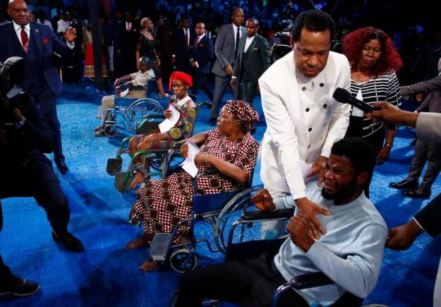 Healing Streams Live Healing Services with Pastor Chris – Like rivers in the desert
