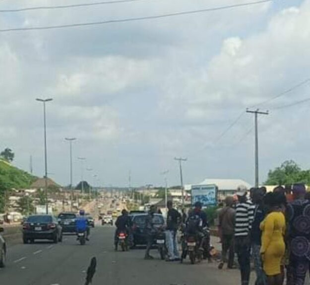 Hit-And-Run Driver Kills Phone Accessories Hawker In Ondo, Injures One