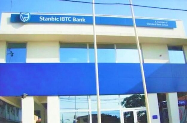Stanbic IBTC rewards customers in Reward4Saving promo